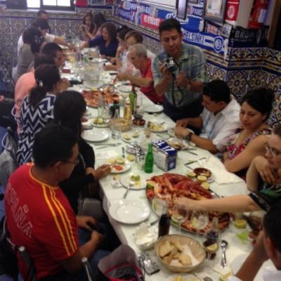 Con nuestros grandes amigos: La familia Gómez